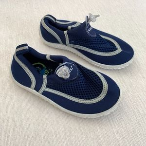 Speedo Blue Water Shoes for Kids Size L